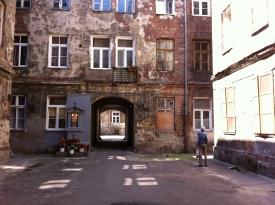 Around Praga District 2