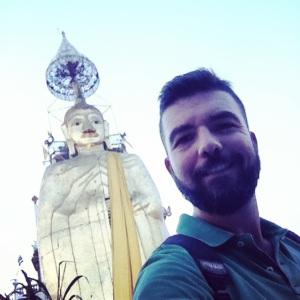 Gios and the Golden Buddha in Bangkok